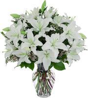 5700 - White Lilium Bouquet